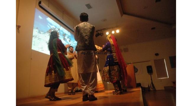 """Uluslararası Öğrenciler Yeni Yıla Ege'de """"Merhaba"""" dedi"""
