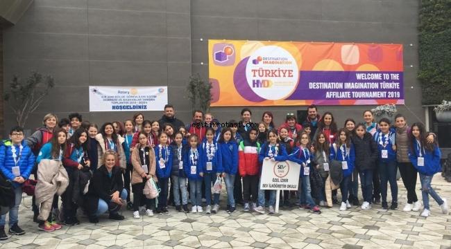 İzmir SEV Öğrencileri Türkiye'yi Temsil Edecek