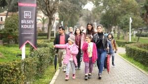 Bilsev Koleji Bursluluk Sınavı'na Yağmura Rağmen Yoğun Katılım