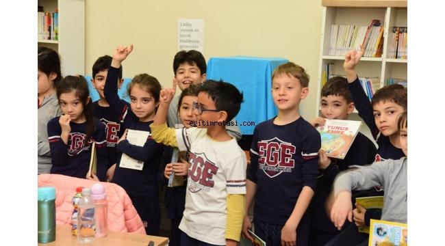 Bornova'da Atatürk Kitaplığı öğrencileri ağırlıyor
