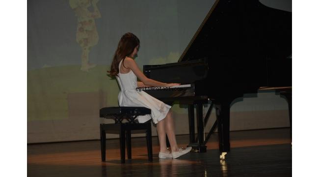 Çocuk Onkoloji Yararına konser