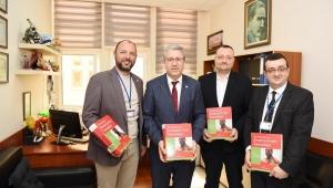 Egeli akademisyenlerin katkısı ile Türkçe'ye kazandırıldı