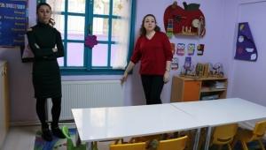 Özel Okul'da karanlık oda tartışması