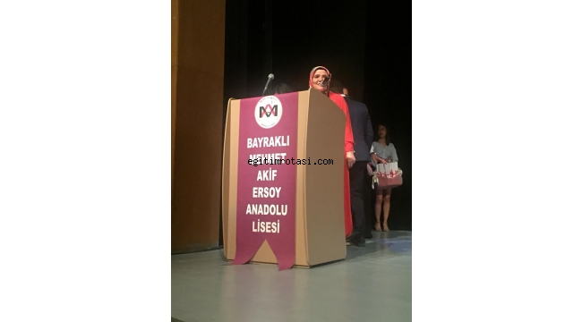 Mehmet Akif Ersoy Anadolu Lisesi Mezunlarını Uğurladı