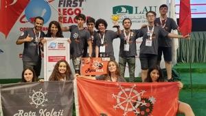 İzmir'i Dünya Alkışladı