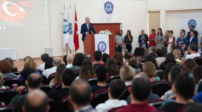 """Ege'de """"Sosyal Bilimler Alanında TÜBİTAK Projeleri"""" konulu konferans"""