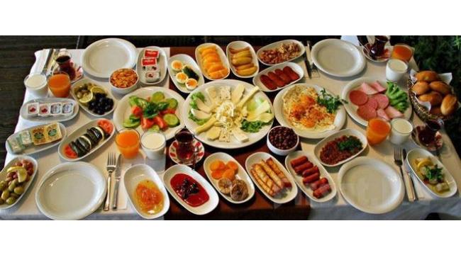 Günlük Beslenmenin En Önemli Öğünü: Kahvaltı