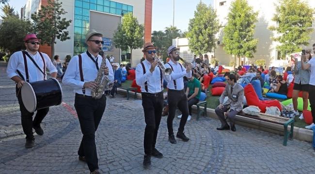 Yaşar Üniversitesi mezunları buluştu