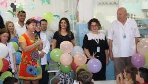 Sağlık Çalışanlarından Çocuklara Anlamlı Ziyaret