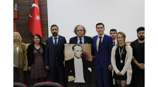 """""""Atatürk'ün Türkçe sevgisi gelecek kuşaklar için büyük bir mirastır"""""""