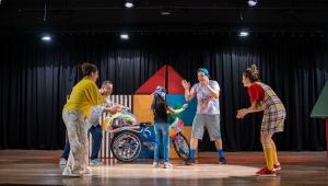 Pınar Çocuk Tiyatrosun'dan