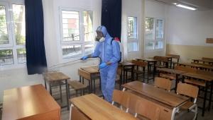 Karabağlar'da sınav merkezleri dezenfekte edildi