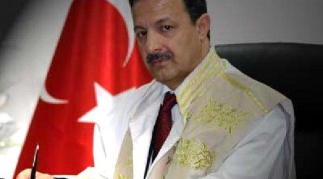 Siirt Üniversitesi: Rektörümüz sağlık sorunları nedeniyle görevinden ayrılmıştır