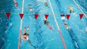 Bucanın minik yüzücüleri şampiyonaya hazırlanıyor