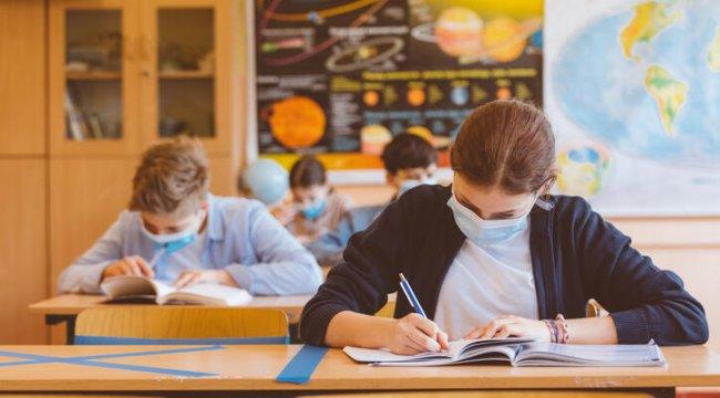 Okullar kapanacak mı? Yüz yüze eğitim devam edecek mi? Son dakika haberleri…