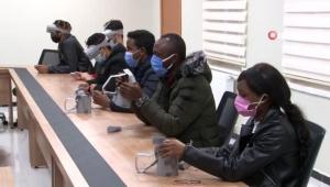 Yabancı öğrenciler Türkçeyi sanal gerçeklikle öğreniyor