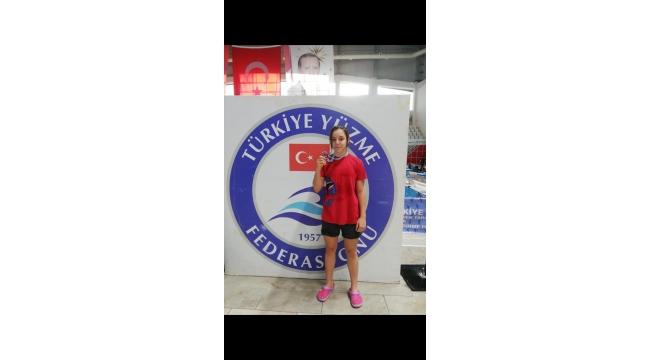 Karaali, 50 metre serbest stilde Türkiye birincisi oldu