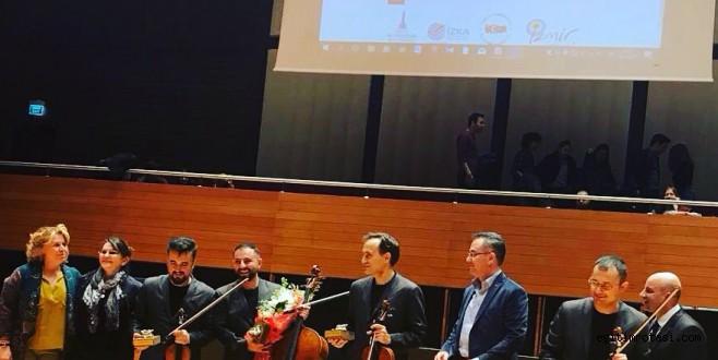 Atlas Sağlık Eğitim Vakfı Yeni Yıl Konseri Etkinliği Gerçekleştirdi
