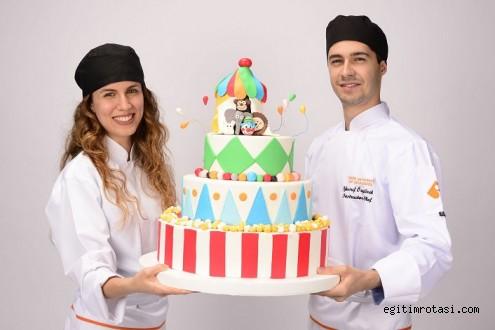 Dünya lezzetlerine yolculuk İzmir Ekonomi'den başlıyor