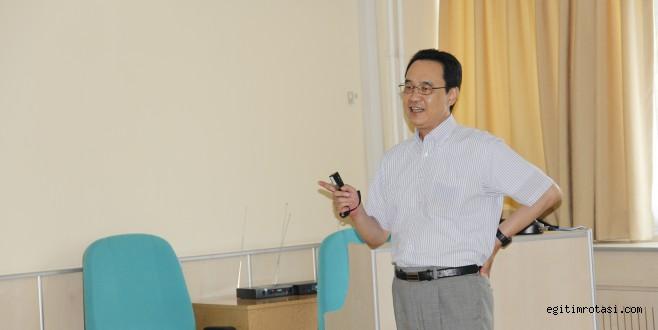 Japon bilim insanı Prof. Dr. Yoshizuka Ege'de seminer verdi