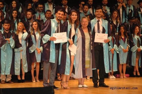 Radyo Televizyon ve Sinema Bölümü yeni mezunlarını  verdi