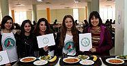 Deü'lü Öğrencilere 'Vegan Yemek Menüsü'