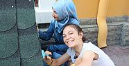 Ege Üniversitesi Öğrencilerinden 'Patileri Yuvala' Projesi