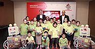 İzmirli Çocuklar Dijital Geleceğe Bugünden Hazır